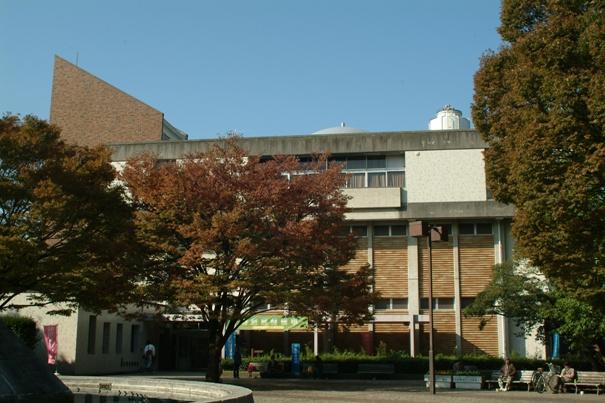 平塚市博物館 - PAONavi